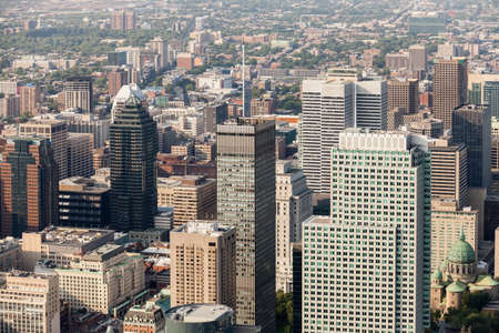Aerial view of downtown Montreal and its skyscrapers on a sunny summer day. Quebec, Canada. Imagens