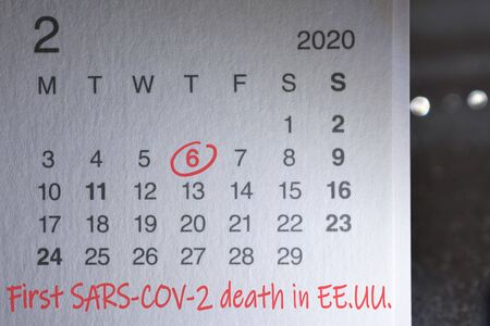 Notebook calendar with mark on February 6, 2020 showing the date of the first sars-cov-2 death in EE.UU. Commemorative image.
