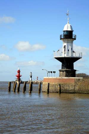 boyas: Faros - boyas de luz-a entrar en el canal de Kiel