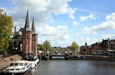 Historic old town in the Netherlands - Sneek. Friesland province. Watergate Banque d'images