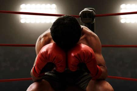 Muskulöser Boxer ruht sich aus