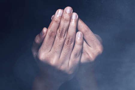 Hands of muslim man praying 免版税图像