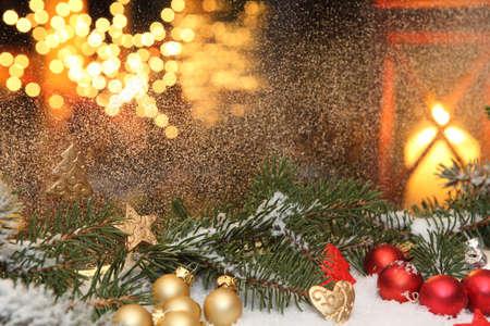 Fensterschmuck zur Weihnachtszeit Standard-Bild - 21696956