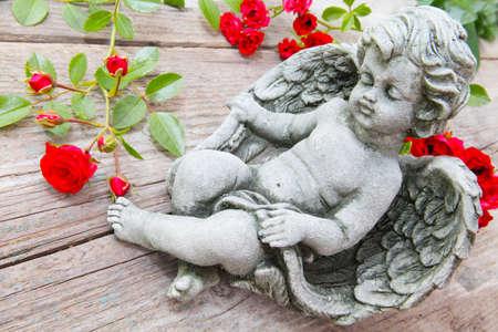 florets: Angel between florets