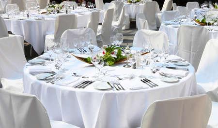 Festliche Tische Standard-Bild - 24135253