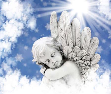 太陽の下で天使