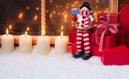 windowpanes: Snowman with candles and gifts