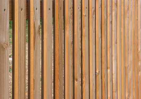 delimit: Picket fence, wooden fence