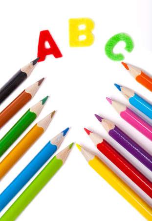 cornet: ABC, crayons, cornet