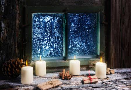 windowpanes: Fourth Advent