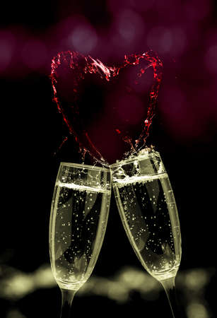 Sparkling wine tinkelt and heart, greeting card Valentines Day