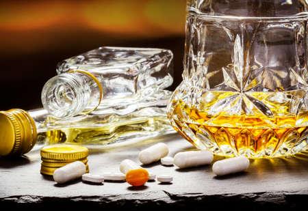 Suicide risk, medication and alcohol, overdose Standard-Bild