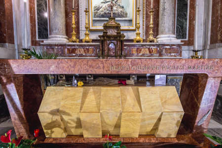 Tomb of priest Giuseppe Pino Puglisi killed by mafia in cathedral of Palermo city on Sicily Island, Italy Éditoriale