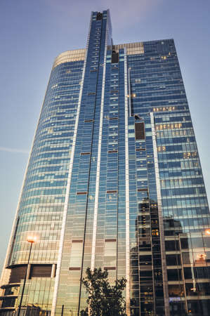 Warsaw, Poland - May 10, 2001: Rondo 1 office skyscraper in Warsaw city 報道画像