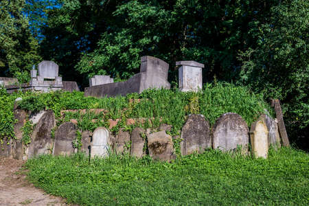 Old Jewish graves on the cemetery next to Church on the Hill in Sighisoara town in Romania Foto de archivo