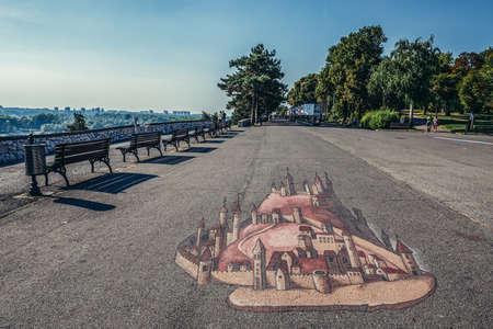 Belgrade, Serbia - August 29, 2015. Promenade in Large Kalemegdan Park 新闻类图片