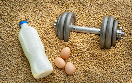 casein: 3 diferentes fuentes de prote�nas: leche, huevos, soja