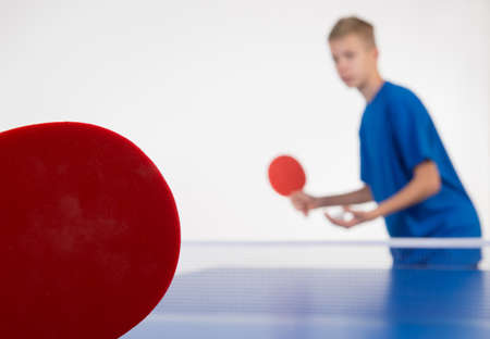 tischtennis: Junge Sportler Tischtennis Lizenzfreie Bilder
