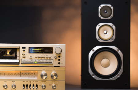 hifi: hi-fi receiver and tape deck recorder