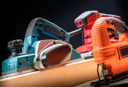 Electric tool.Electric sandpaper, jig saw,electric sander. Banque d'images - 136120321