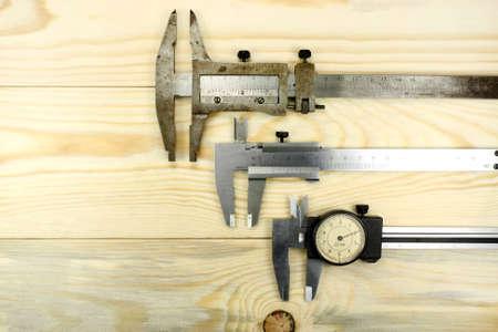 depth measurement: caliper