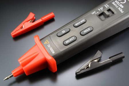 probe: Pen type digital multimeter with probe