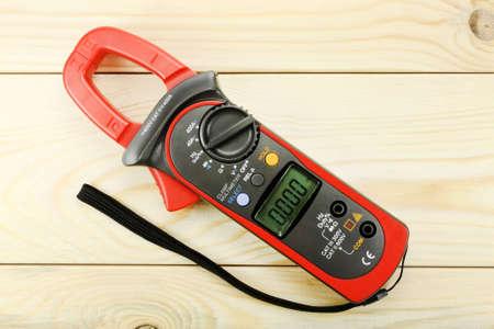 impedance: Digital multimeter for wiring