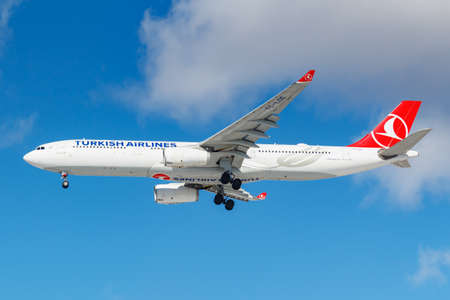 Moscow, Russia - March 26, 2019: Aircraft Airbus A330-343 TC-LOE of Turkish Airlines against blue sky in sunny morning going to landing at Vnukovo international airport in Moscow �ditoriale