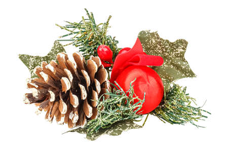 Decorative christmas wreath with pine cone and red ball close-up isolated on white background Banco de Imagens