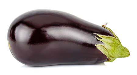 Side view of ripe glossy aubergine isolated on white background Standard-Bild