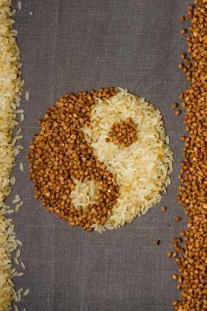Buckwheat and rice in shape of yin-yang