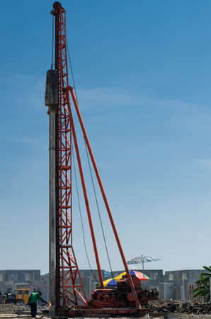 piling: The piling machine in construction Job.
