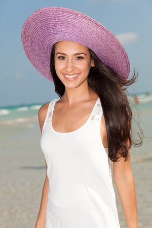 Beautiful Young Woman on South Beach in Miami Stock Photo - 9788602