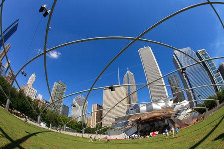 green jay: Ojo de pez vista de el Jay Pritzker Pavilion en el Parque del Milenio en el centro de Chicago. Editorial