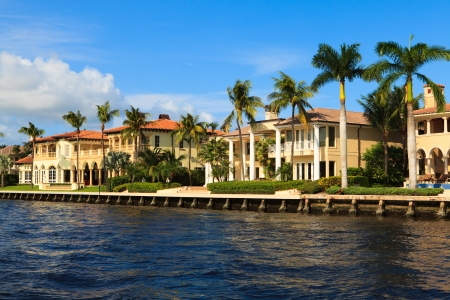 luxurious lifestyle: View of the Fort Lauderdale Intracoastal Waterway from a yacht Stock Photo