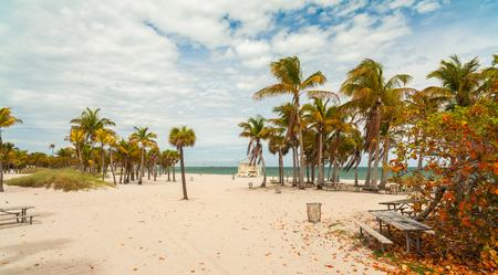 key biscane: Hermosa playa del Parque Crandon ubicado en Key Biscayne en Miami. Foto de archivo