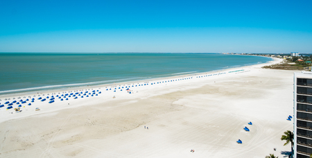gulf of mexico: Rooftop beach view from a penthouse apartment in the Florida west coast.