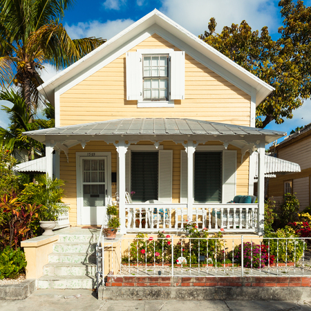 ��wood frame�: Key West, Florida USA - March 3, 2015: A beautifully restored wood frame home in the historic district of Key West.