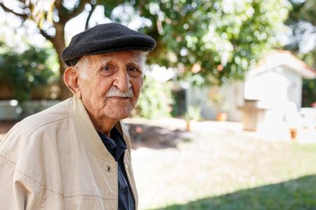Elderly eighty plus year old man in a outdoor setting. Reklamní fotografie