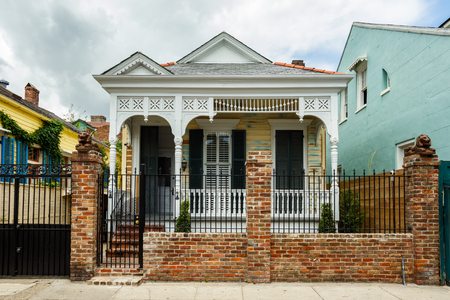 historical building: New Orleans, LA USA - April 20, 2016: A beautifully restored home in the historic French Quarter district. Editorial