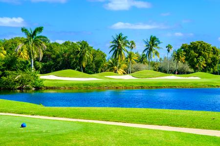 마이애미의 아름다운 골프 코스 풍경입니다. 스톡 콘텐츠