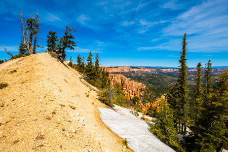 bryce canyon: Beautiful landscape view of the natural beauty of Bryce Canyon National Park in Utah. Stock Photo