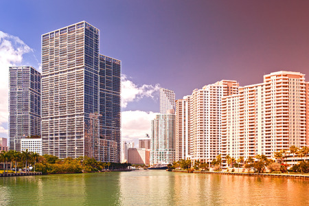 key biscayne: Miami Florida USA, famous travel destination, downtown modern  buildings on a beautiful summer day