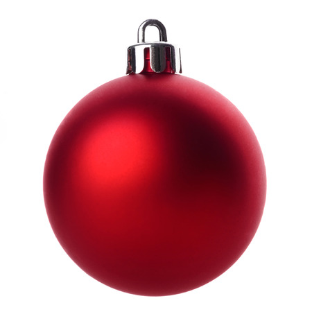 Rode Kerstmisbal die op witte achtergrond wordt geïsoleerd Stockfoto
