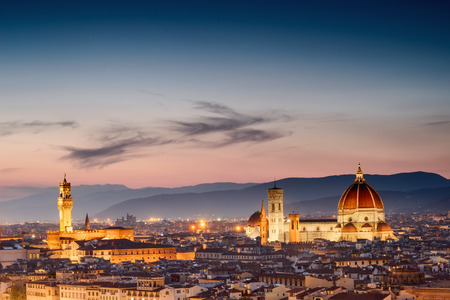 fiore: Beautiful sunset over Cathedral of Santa Maria del Fiore (Duomo), Florence, Italy