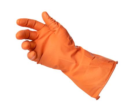 empleadas domesticas: La mano con guante de goma de color naranja tiene algo aislado en el fondo blanco