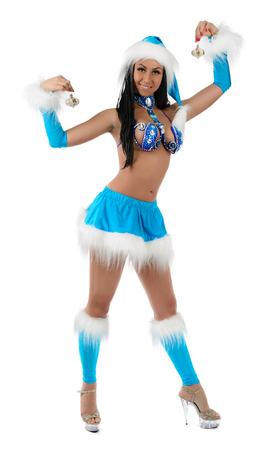 Leuk sexy meisje in blauw kerst kostuum geïsoleerd op een witte achtergrond