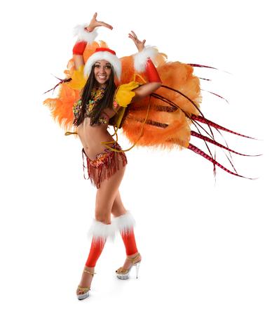 Glimlachend mooi meisje in een kleurrijk Carnaval-kostuum