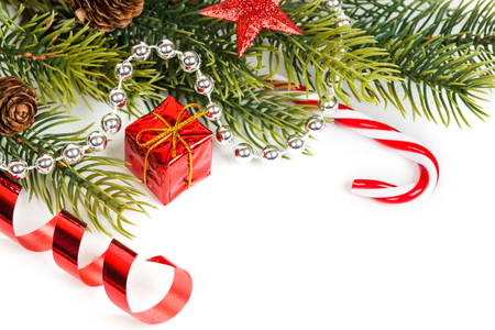 navidad: christmas gift with decoration isolated on white background