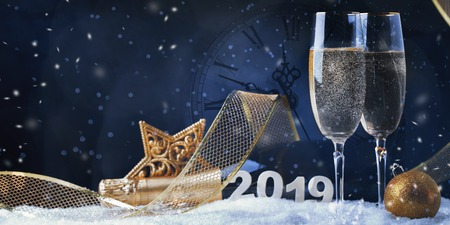 Champagne Explosion With Toast Of Flutes. Christmas card Stockfoto